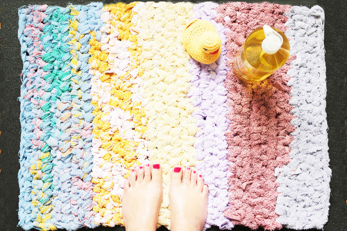 diy tapis de bain au crochet rock my laine. Black Bedroom Furniture Sets. Home Design Ideas