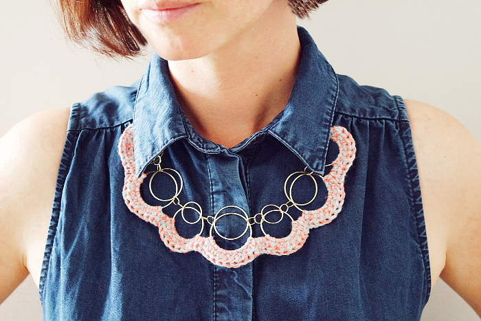 collier relooké crochet